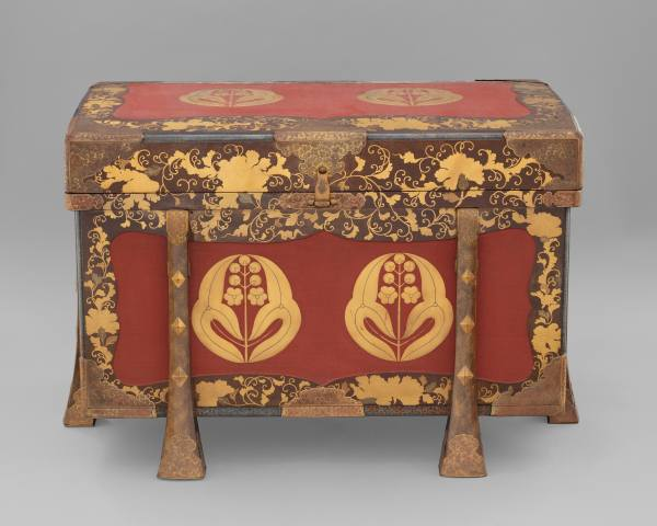 Chest with the aristocratic crest of the Mōri family, Japan, first half of the 19th century